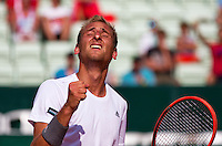Austria, Kitzbühel, Juli 17, 2015, Tennis, Davis Cup, First round match between Dominic Thiem (AUT) vs Thiemo de Bakker (NED)  pictured: Thiemo de Bakker celebrates his win<br /> Photo: Tennisimages/Henk Koster