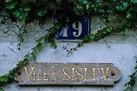 Europe/France/Ile-de-France/77/Seine-et-Marne/Moret-sur-Loing: détail de la maison du peintre impressioniste Alfred Sisley