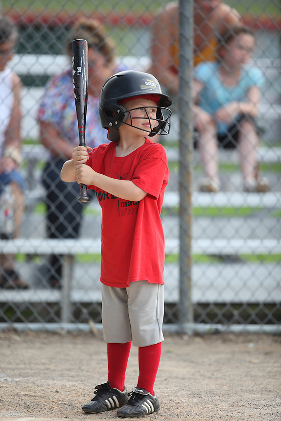 Wireless Made Simple tee ball<br /> <br /> Aden
