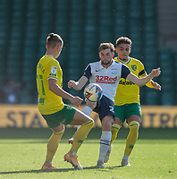 Preston North End's Tom Barkhuizen (centre) battles for possession with Norwich City's Przemyslaw Placheta (left) and Max Aarons (right) <br /> <br /> Photographer David Horton/CameraSport<br /> <br /> The EFL Sky Bet Championship - Norwich City v Preston North End - Saturday 19th September 2020 - Carrow Road - Norwich<br /> <br /> World Copyright © 2020 CameraSport. All rights reserved. 43 Linden Ave. Countesthorpe. Leicester. England. LE8 5PG - Tel: +44 (0) 116 277 4147 - admin@camerasport.com - www.camerasport.com