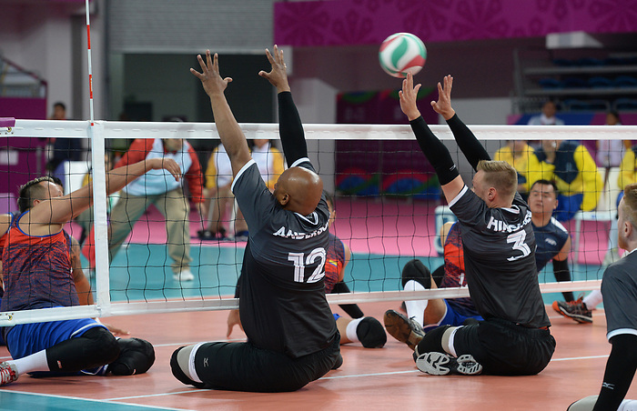 Austin Hinchey and Jamoi Anderson, Lima 2019 - Sitting Volleyball // Volleyball assis.<br /> Canada competes in men's Sitting Volleyball // Canada participe au volleyball assis masculin. 24/08/2019.