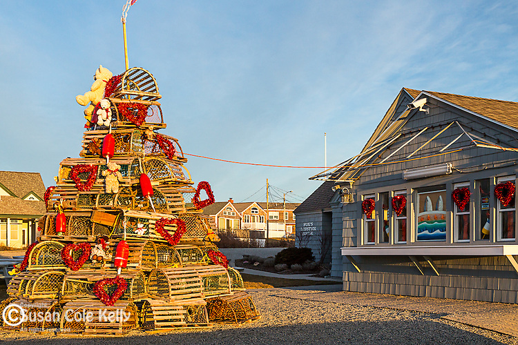 A lobster-trap Valentines Day tree at Fox's Restaurant in York, Maine, USA