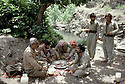 Iraq 1985   Lunch of the peshmergas in the liberared area of Lolan<br />