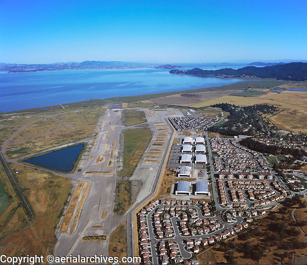 Aerial photograph of residential development at the abandoned airport, Hamilton Field, Novato, Marin County, California