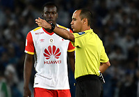 BOGOTA - COLOMBIA - 13 – 12 - 2017: Luis Sanchez, arbitro, durante partido de ida de la final entre Millonarios y el Independiente Santa Fe, por la Liga Aguila II-2017, jugado en el estadio Nemesio Camacho El Campin de la ciudad de Bogota. / Luis Sánchez, referee, during a match of the first leg of the final between Millonarios and Independiente Santa Fe, for the Liga Aguila II-2017 played at the Nemesio Camacho El Campin Stadium in Bogota city, Photo: VizzorImage / Luis Ramirez / Staff.