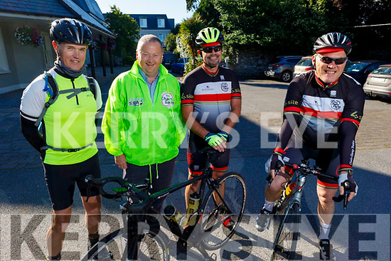 Members of the Chain Gang Cycling club, Stephen Flaherty, John Murray, Terry Culloty and Tomas Crowley ready for road as they gather in the Meadowlands Hotel on Saturday morning.