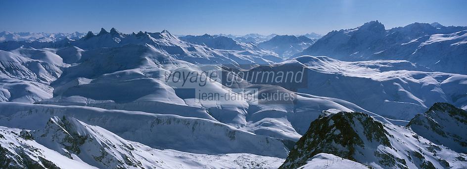 Europe/France/Rhône-Alpes/38/Isère/l'Alpe-d'Huez: Panorama depuis le sommet du Pic Blanc 3330m vue sur le Glacier de Sarenne et les Aiguilles d'Arves