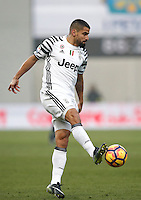 Calcio, Serie A: Sassuolo vs Juventus. Reggio Emilia, Mapei Stadium, 29 gennaio 2017. <br /> Juventus' Tomas Rincon in action during the Italian Serie A football match between Sassuolo and Juventus at Reggio Emilia's Mapei stadium, 29 January 2017<br /> UPDATE IMAGES PRESS/Isabella Bonotto