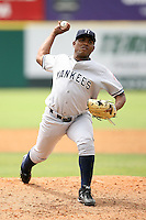 April 15, 2009:  Pitcher Amaury Sanit of the Tampa Yankees, Florida State League Class-A affiliate of the New York Yankees, during a game at Space Coast Stadium in Viera, FL.  Photo by:  Mike Janes/Four Seam Images