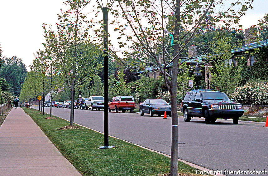 Eliel Saarinen: Housing, Academy Way, Cranbook MI. The Milles and Saarinen houses are on this side of street. Photo '97.