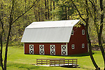 Small barn on Quaker State Road in Spring.