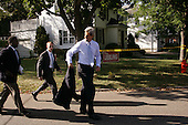 "Rochester, Minnesota.USA.September 8, 2004..Democratic Presidential hopeful Senator John Kerry speaks to a crowd in a neighborhood ""Front Porch"" talk, where he answers questions from local residents."