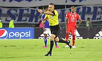 BOGOTÁ- COLOMBIA, 21-08-2021:Edilson Ariza Moreno referee central entre Millonarios y el América de Cali  en partido por la fecha 13 como parte de la Liga BetPlay DIMAYOR II 2021 jugado en el estadio Nemesio Camacho El Campín de la ciudad de Bogotá. / Central referee Edilson Ariza Moreno between Millonarios and America de Cali  in match for the date 13 as part of the BetPlay DIMAYOR League II 2021 played at Nemesio Camacho El Campin stadium in Bogota city. Photo: VizzorImage / Felipe Caicedo / Staff