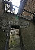 Wenn die Insassen Ausgang hatten, durften sie in diesen Innenhof. _ Erstmals hat der Sitz des einstigen lettischen KGB seine Türen für die Öffentlichkeit geöffnet. Das neue Geheimdienstmuseum beschäftigt sich mit Willkür und Folter während der Sowjetzeit.