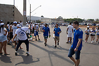 SETE LAGOAS (MG)-11/09/2021-CRUZEIRO-PONTE PRETA - Torcida do Cruzeiro chega a Arena do Jacare -Partida entre Cruzeiro e Ponte Preta, valida pela vigesima terceira rodada do Campeonato Brasileiro da serie B 2021, realizada no Estadio Arena do Jacare , na cidade de Sete Lagoas, regiao metropolitana de Belo Horizonte, neste sabado (11) (Foto: Giazi Cavalcante/Codigo 19/Codigo 19)