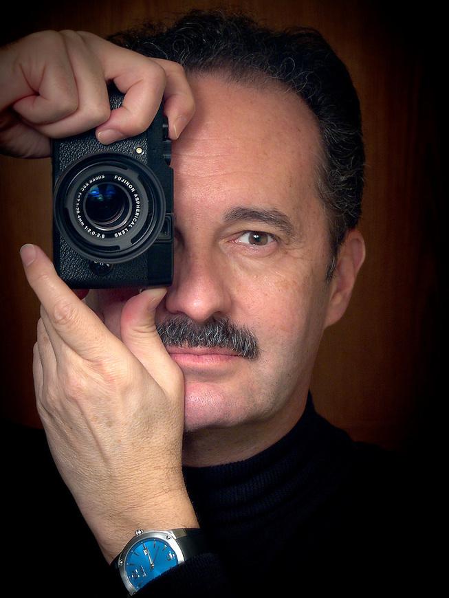 Michael Knapstein is an international award-winning fine art photographer based in Middleton, Wisconsin, USA.