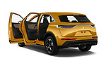 Car images close up view of a 2018 DS DS7 Crossback Be Chic 5 Door SUV doors