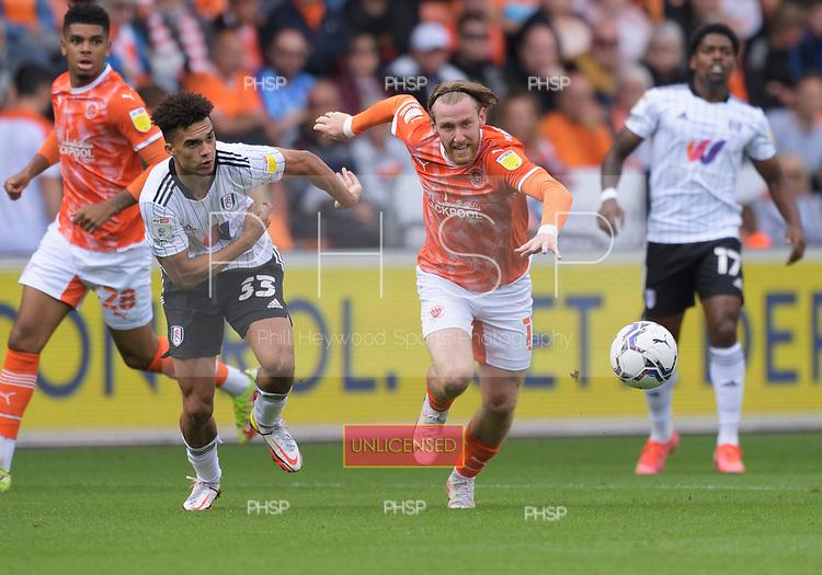 11/09/2021 Sky Bet Championship Blackpool v Fulham<br /> <br /> Josh Bowler attacks