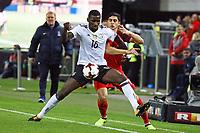 Antonio Rüdiger (Deutschland Germany) gegen Ramil Sheydayev (Aserbaidschan) - 08.10.2017: Deutschland vs. Asabaidschan, WM-Qualifikation Spiel 10, Betzenberg Kaiserslautern
