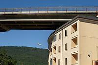 Autostrada Roma-L'Aquila passa vicinissimo a una casa