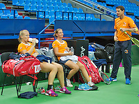 Moskou, Russia, Februari 3, 2016, Fed Cup Russia-Netherlands,  Practise Dutch team,  Cindy Burger and Kiki Bertens (L) with captain Paul Haarhuis<br /> Photo: Tennisimages/Henk Koster