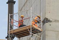 - yard for the construction of new headquarters of Lombardy Regional authority....- cantiere per la costruzione della nuova sede della Regione Lombardia
