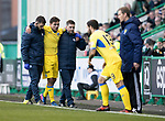 Hibs v St Johnstone…18.11.17…  Easter Road…  SPFL<br />Aaron Comrie is helpeed off injure to be replaced by Richie Foster<br />Picture by Graeme Hart. <br />Copyright Perthshire Picture Agency<br />Tel: 01738 623350  Mobile: 07990 594431