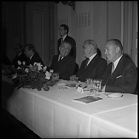 7 Mai 1971. Vue de Georges Pompidou et de Pierre Baudis lors d'un repas à Toulouse.