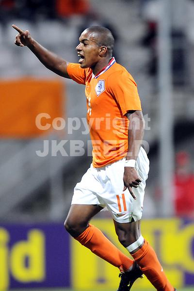 voetbal jong oranje - jong finland ek kwalificatie 04-09-2009 diego biseswar na de 2-0