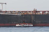 Sea Watch-2.<br /> Die Sea Watch-2 bei ihrer 13. SAR-Mission vor der libyschen Kueste.<br /> Im Bild: <br /> 21.10.2016, Mediterranean Sea<br /> Copyright: Christian-Ditsch.de<br /> [Inhaltsveraendernde Manipulation des Fotos nur nach ausdruecklicher Genehmigung des Fotografen. Vereinbarungen ueber Abtretung von Persoenlichkeitsrechten/Model Release der abgebildeten Person/Personen liegen nicht vor. NO MODEL RELEASE! Nur fuer Redaktionelle Zwecke. Don't publish without copyright Christian-Ditsch.de, Veroeffentlichung nur mit Fotografennennung, sowie gegen Honorar, MwSt. und Beleg. Konto: I N G - D i B a, IBAN DE58500105175400192269, BIC INGDDEFFXXX, Kontakt: post@christian-ditsch.de<br /> Bei der Bearbeitung der Dateiinformationen darf die Urheberkennzeichnung in den EXIF- und  IPTC-Daten nicht entfernt werden, diese sind in digitalen Medien nach §95c UrhG rechtlich geschuetzt. Der Urhebervermerk wird gemaess §13 UrhG verlangt.]