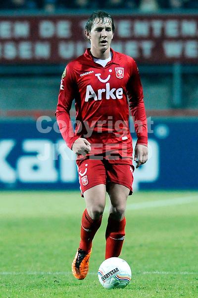 ENSCHEDE - voetbal, FC Twente - Vitesse, Eredivisie, Grolsch Veste, seizoen 2010-2011, 12-02-2011  Luuk de Jong Twente..