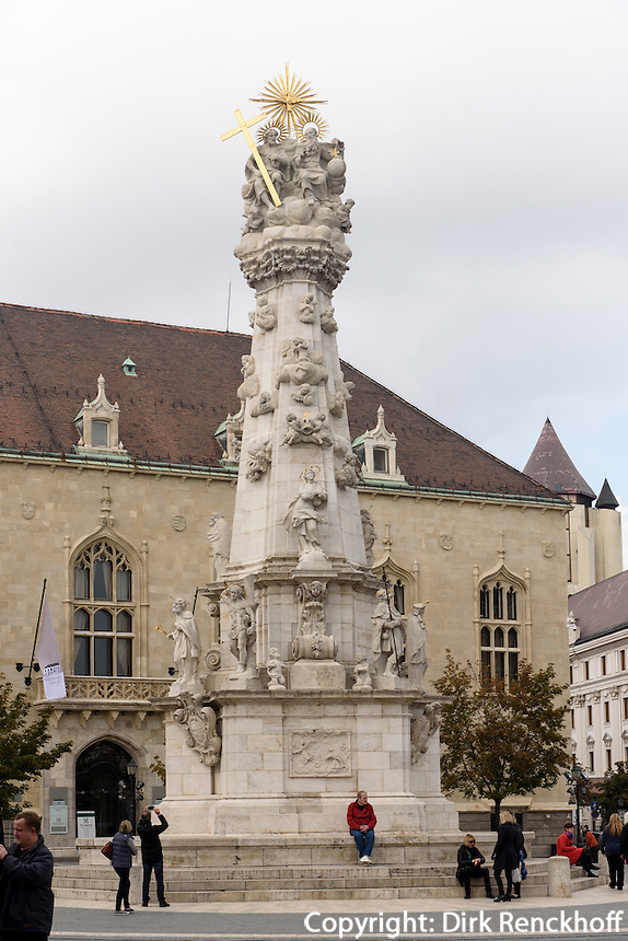 Pestsäule vor dem früheren Finanzministerium in Buda, Budapest, Ungarn, UNESCO-Weltkulturerbe