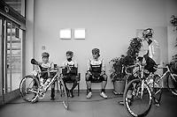 3 Days of De Panne.stage 3a: De Panne - De Panne ..NettAp-Endura boys staying warm before the start...
