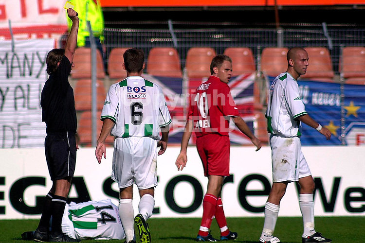 FC Groningen - FC Utrecht  Holland casino eredivsie seizoen 2003-2004 21-09-2003 arbiter schenkels trok negen maal geel