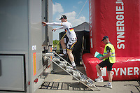 André Greipel (DEU/Lotto-Belisol) finds out that the steps to the podium are often more hazardous than the climb to the finish<br /> <br /> 2014 Belgium Tour<br /> stage 4: Lacs de l'Eau d'Heure - Lacs de l'Eau d'Heure (178km)