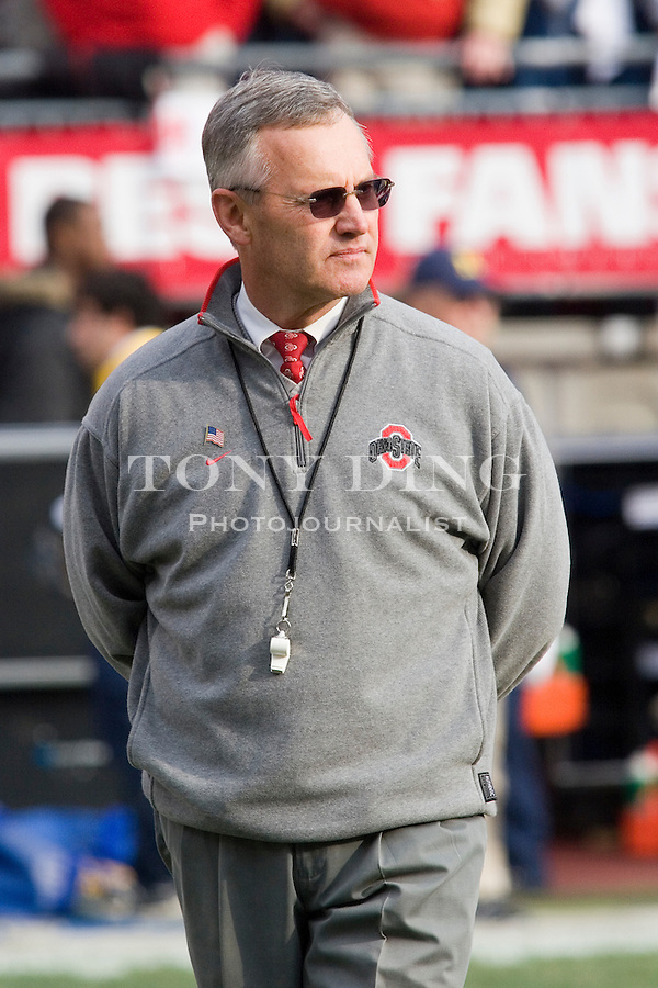18 Nov 2006: Ohio State head coach Jim Tressel surveys the field before Ohio State's 42-39 win over Michigan in a college football game at Ohio Stadium in Columbus, OH.