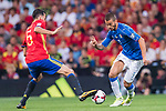 Sergio Busquets (L) of Spain fights for the ball with Leonardo Spinazzola (R) of Italy during their 2018 FIFA World Cup Russia Final Qualification Round 1 Group G match between Spain and Italy on 02 September 2017, at Santiago Bernabeu Stadium, in Madrid, Spain. Photo by Diego Gonzalez / Power Sport Images