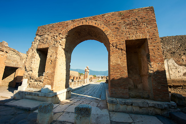 The Arch of Tiberius at the entrance to the Forum of Pompeii.
