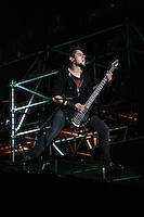 """18. With Full Force .Das With Full Force (kurz WFF) ist ein Musikfestival für Metal, Hardcore und Punk. Jährlich findet es am ersten Juliwochenende auf dem Segelflugplatz Roitzschjora bei Löbnitz statt. 2010 waren es  um die  30.000 Besucher. Impressionen des ersten Festivaltags mit zum Beispiel Bring Me The Horizon, Agnostic Front, Bullet for My Valentine und Millencolin. .Im Bild: Bassist der Band """"Bullet For My Valentine"""" Nick Crandle..Foto: Karoline Maria Keybe"""