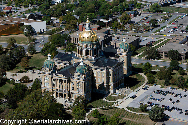 aerial photograph of the Iowa State Capital building in Des Moines, Iowa
