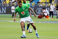 BARRANQUILLA – COLOMBIA, 10-10-2021:  Neymar de Brasil durante partido entre los seleccionados de Colombia (COL) y Brasil (BRA), de la fecha 12 por la clasificatoria a la Copa Mundo FIFA Catar 2022, jugado en el estadio Metropolitano Roberto Melendez en Barranquilla. / Neymar of Brazil during match between the teams of Colombia (COL) and Brasil(BRA), of the 12th date for the FIFA World Cup Qatar 2022 Qualifier, played at Metropolitan stadium Roberto Melendez in Barranquilla. Photo: VizzorImage / Jairo Cassiani / Contribuidor