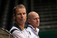 15-9-09, Netherlands,  Maastricht, Tennis, Daviscup Netherlands-France, Training, Captain Jan Siemerink (voorgrond) en Rohan Goedske