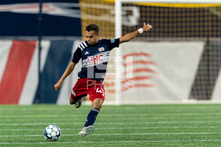 FOXBOROUGH, MA - SEPTEMBER 09: Colby Quinones #41 of New England Revolution II passes the ball during a game between Chattanooga Red Wolves SC and New England Revolution II at Gillette Stadium on September 09, 2020 in Foxborough, Massachusetts.
