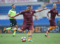 Calcio, Serie A: Roma vs Sampdoria. Roma, stadio Olimpico, 11 settembre 2016.<br /> Roma's Francesco Totti kicks the ball during the Italian Serie A football match between Roma and Sampdoria at Rome's Olympic stadium, 11 September 2016. Roma won 3-2.<br /> UPDATE IMAGES PRESS/Isabella Bonotto