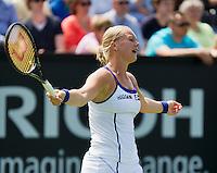 16-06-13, Netherlands, Rosmalen,  Autotron, Tennis, Topshelf Open 2013, Eerste ronde,  Kiki Bertens is frustrated<br /> <br /> Photo: Henk Koster