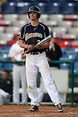 March 21, 2010:  Mitch Roy (21) of the Genesee Community College Cougars during a game at Holman Stadium at Dodgertown in Vero Beach, FL.  Photo By Mike Janes/Four Seam Images