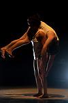UNDER THE GROUND<br /> <br /> Conception, mise en scène et chorégraphie : Biño Sauitzvy<br /> Décor et collaboration artistique : Lika<br /> Guillemot<br /> Création et interprétation : Lorette Sauvet et Cyril Combes<br /> Musique : Bianca Casady (CocoRosie)<br /> Lumières : Baptiste Joxe<br /> Compagnie : Le Collectif des Yeux<br /> Cadre : Festival Faits d'Hiver<br /> Date : 01/02/2021<br /> Lieu : Le Générateur<br /> Ville : Gentilly