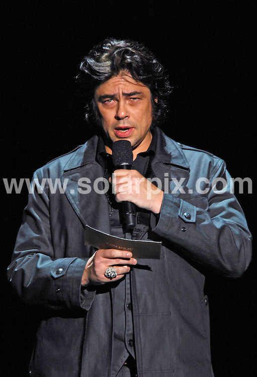 **ALL ROUND PICTURES FROM SOLARPIX.COM**.**SYNDICATION RIGHTS FOR UK, AUSTRALIA, DENMARK, PORTUGAL, S. AFRICA, SPAIN & DUBAI (U.A.E) ONLY**.Benecio Del Toro introduces the G-Star autumn 2009 collection, at the Mercedes-Benz Fashion Week 2009. held at the Hammerstein Ballroom, New York City, NY, USA. 17 February 2009..This pic: Benecio Del Toro..JOB REF: 8501 PHZ (Ward)   DATE: 17_02_2009.**MUST CREDIT SOLARPIX.COM OR DOUBLE FEE WILL BE CHARGED**.**ONLINE USAGE FEE  GBP 50.00 PER PICTURE - NOTIFICATION OF USAGE TO PHOTO @ SOLARPIX.COM**