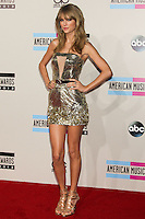 LOS ANGELES, CA - NOVEMBER 24: Taylor Swift arriving at the 2013 American Music Awards held at Nokia Theatre L.A. Live on November 24, 2013 in Los Angeles, California. (Photo by Celebrity Monitor)