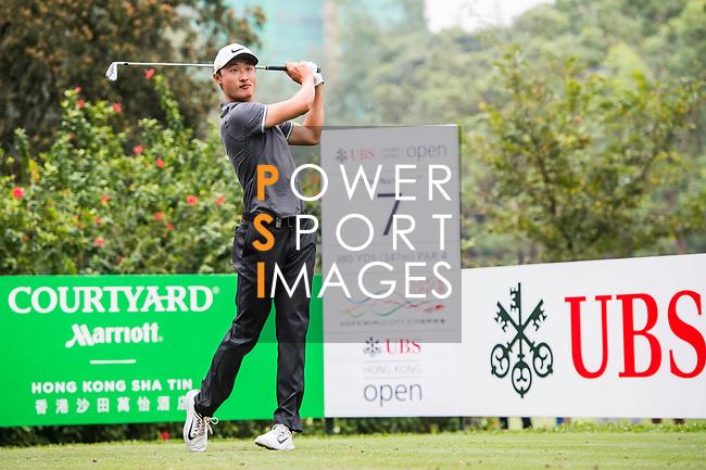 Haotong Li of China tees off during the day three of UBS Hong Kong Open 2017 at the Hong Kong Golf Club on 25 November 2017, in Hong Kong, Hong Kong. Photo by Marcio Rodrigo Machado / Power Sport Images